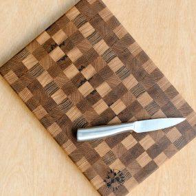 Medium Oak Wood Chopping Board